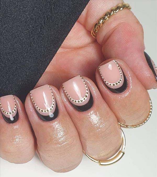 Used square when were nails Antique Nails: