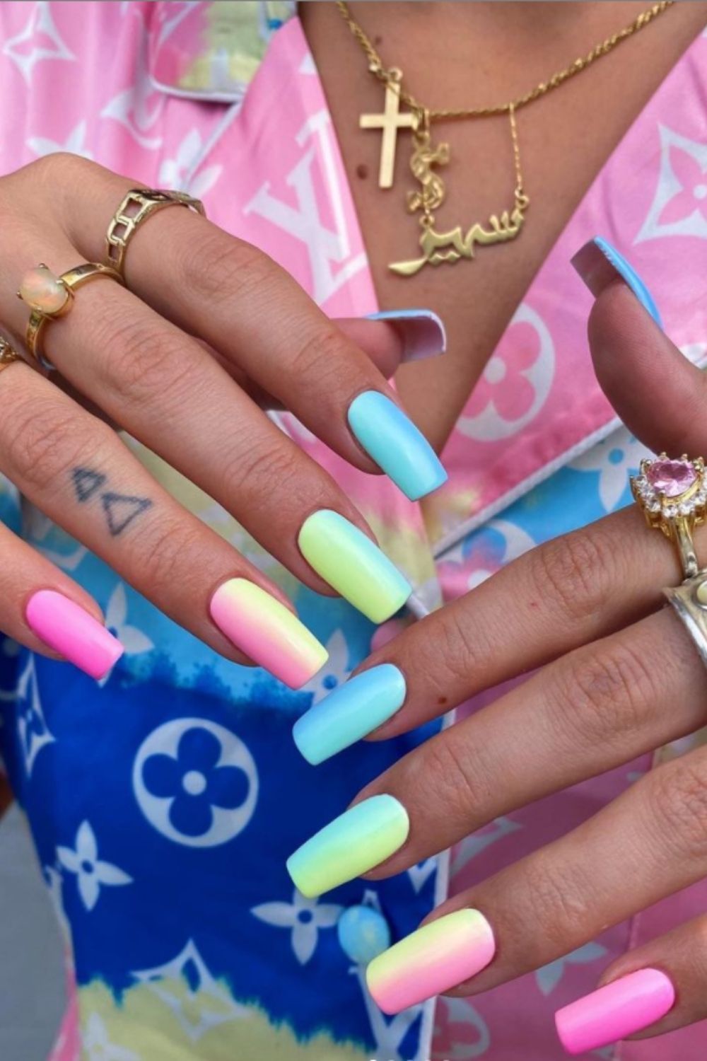 Awesome Nail Ideas For Summer Nail Colors In 2021!
