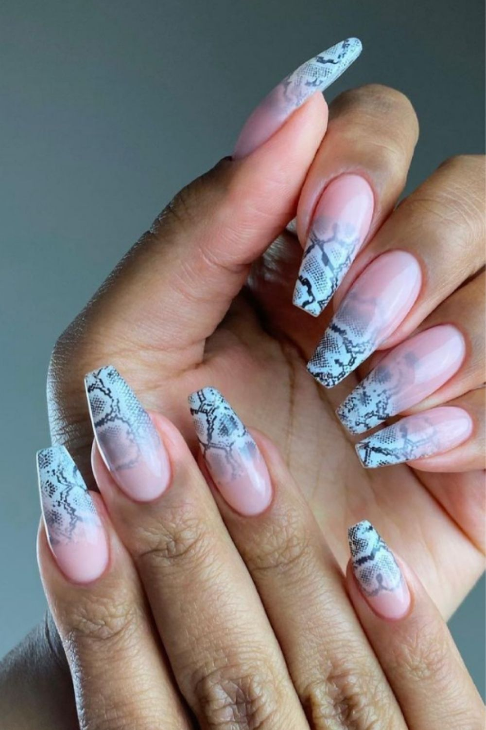 Dazzling coffin ombre nails to give you a great mood