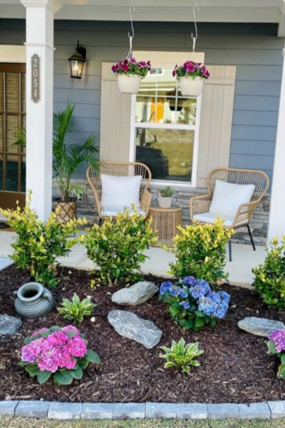 Beautiful Front Yard Patio Ideas To Decor Your House In 2021!