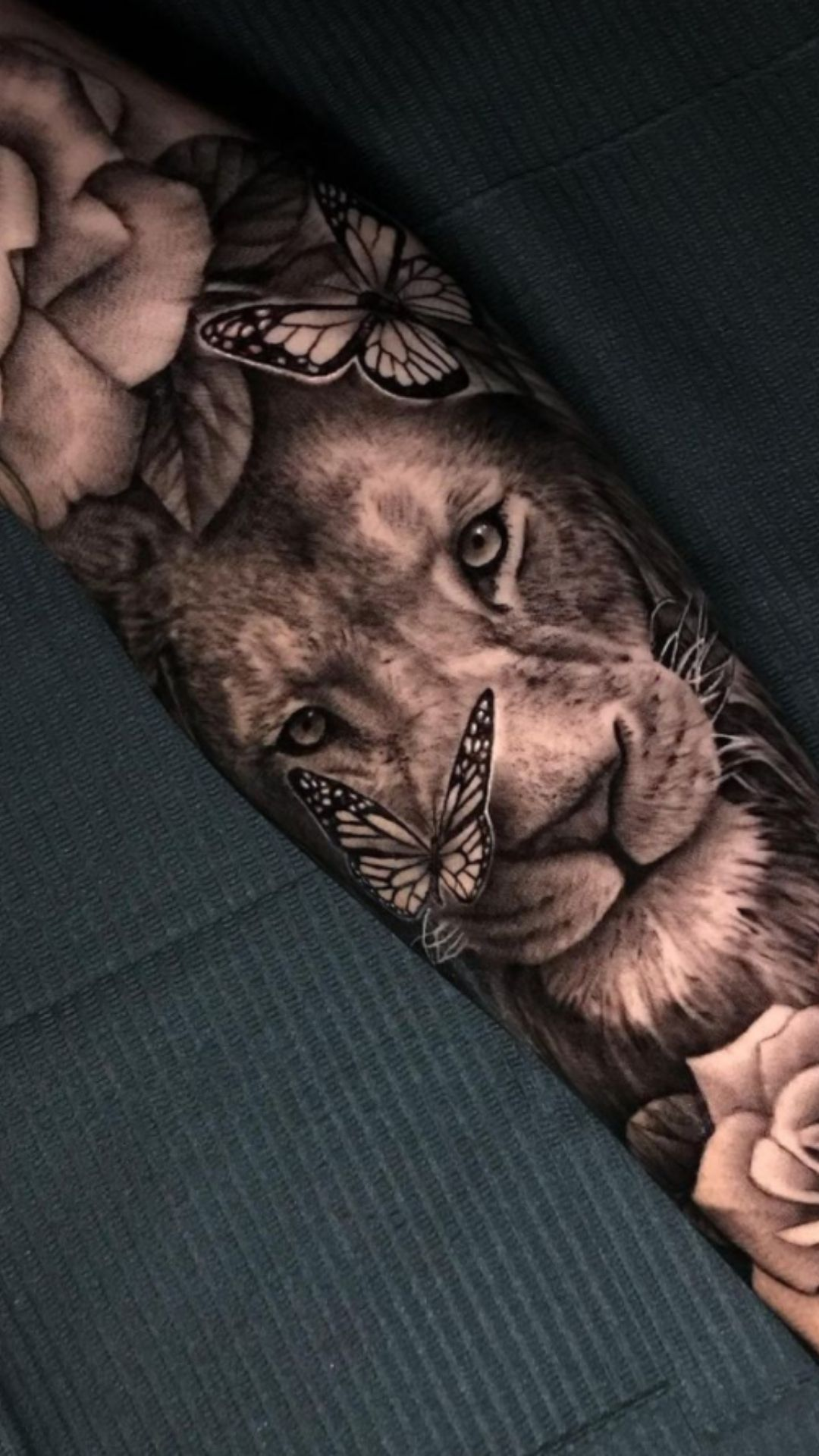 Eye-catching Lion tattoo ideas. I thought you might try it